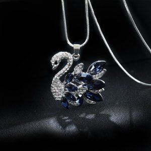 Бижута с кристали Swarovski